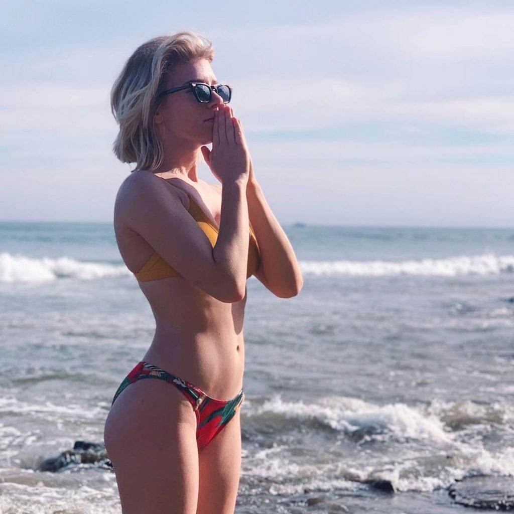 Courtney Miller Sexy (60 Photos)