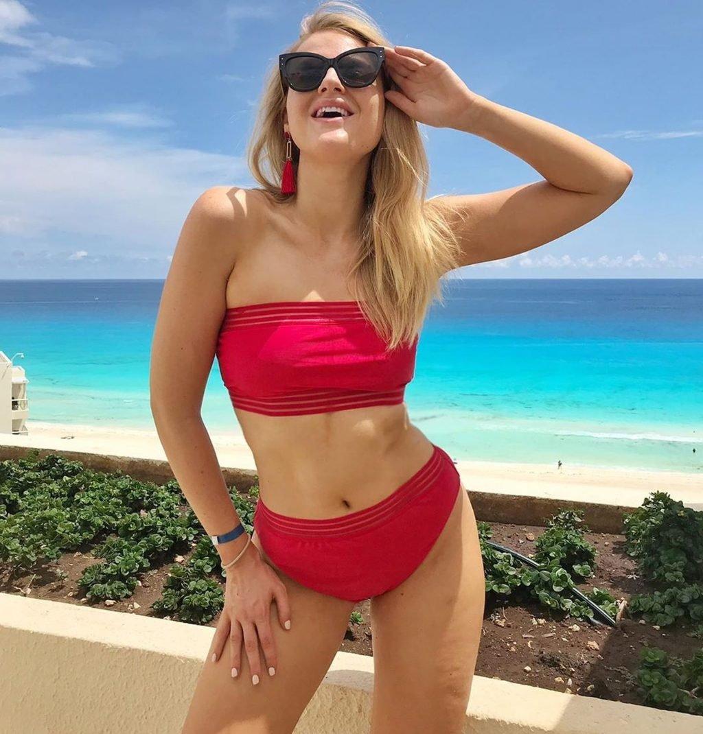 Grace Levy Sexy (20 Photos)