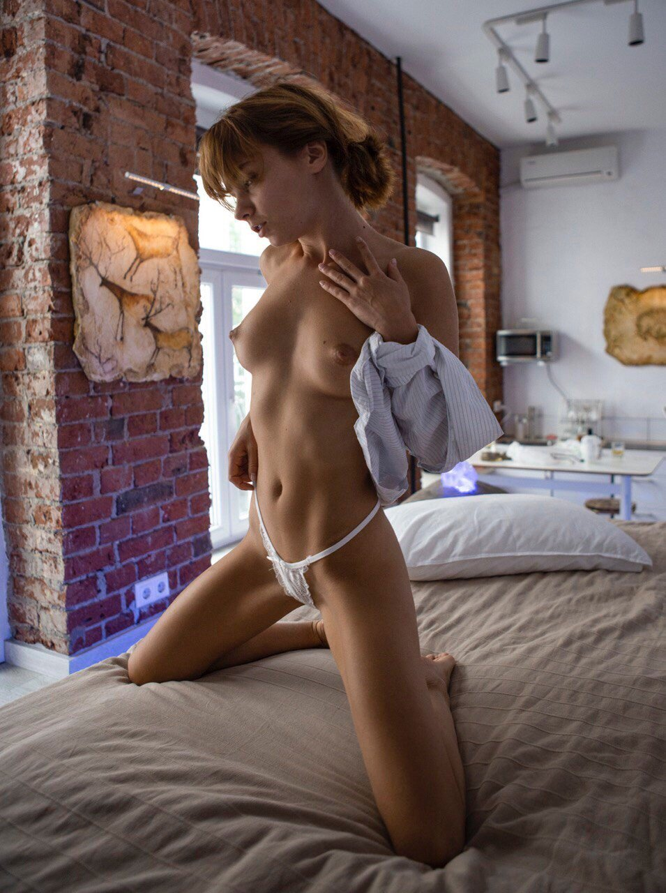 Marta Gromova Nude (7 Photos)
