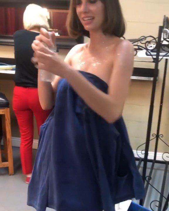 Maya Hawke Hot (16 Pics + Video)