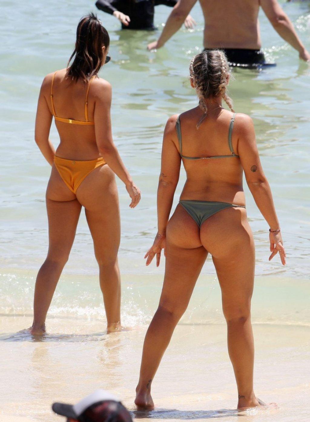 Noni Janur & Tayla Damir Sexy (54 Photos)