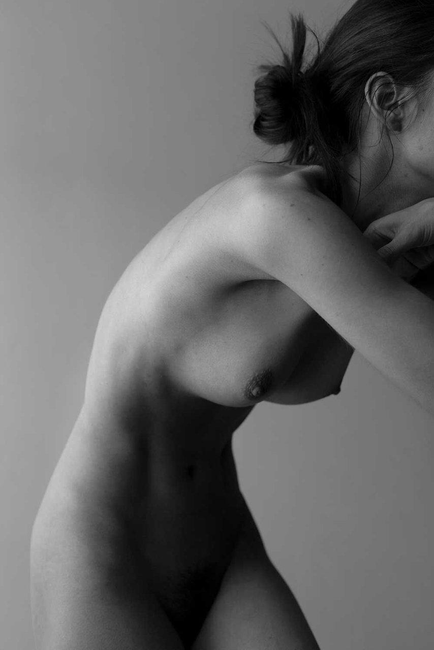 Rebecca Bagnol Nude (22 Photos)