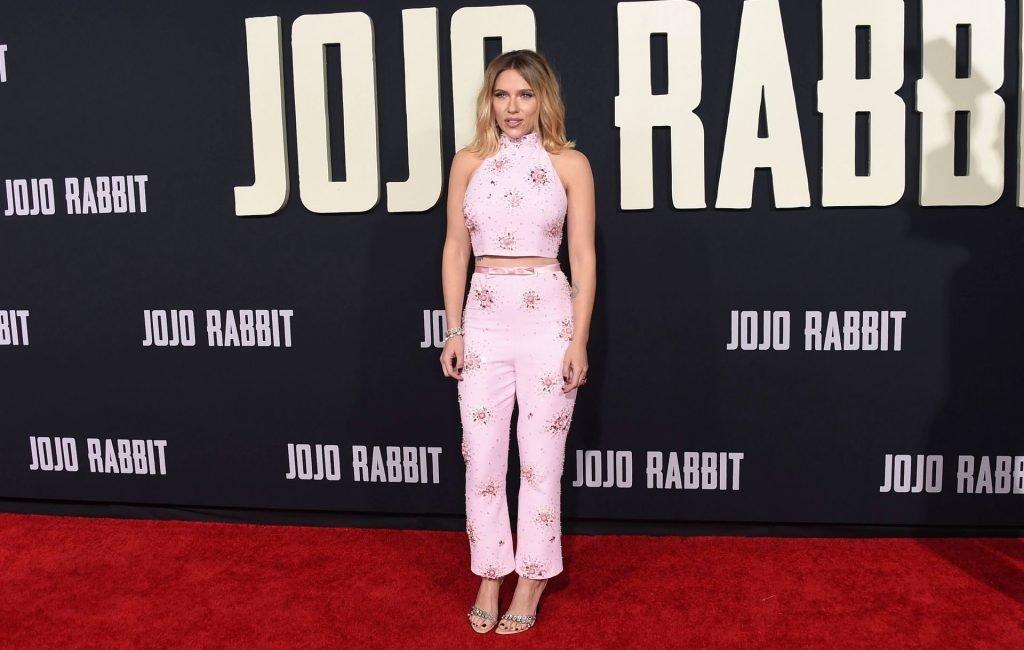 Scarlett Johansson Sexy (100 Photos)