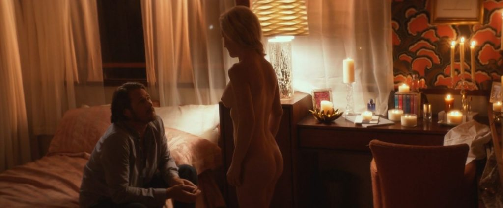 Angela Kinsey Nude – Half Magic (7 Pics + GIF & Video)