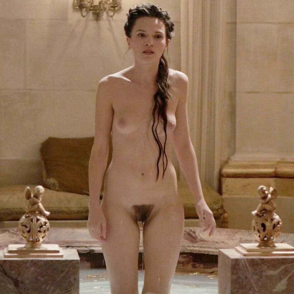 Anna Brewster Nude Sex Scene – Versailles (2 Pics + GIF & Video)