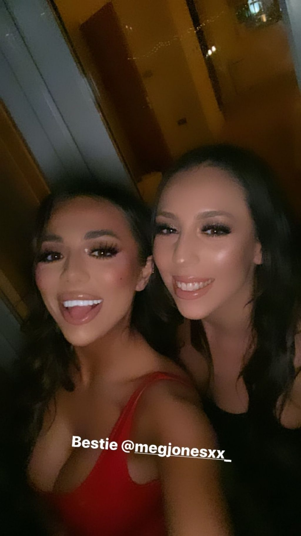 Arianna Ajtar Sexy (33 Photos + Video)