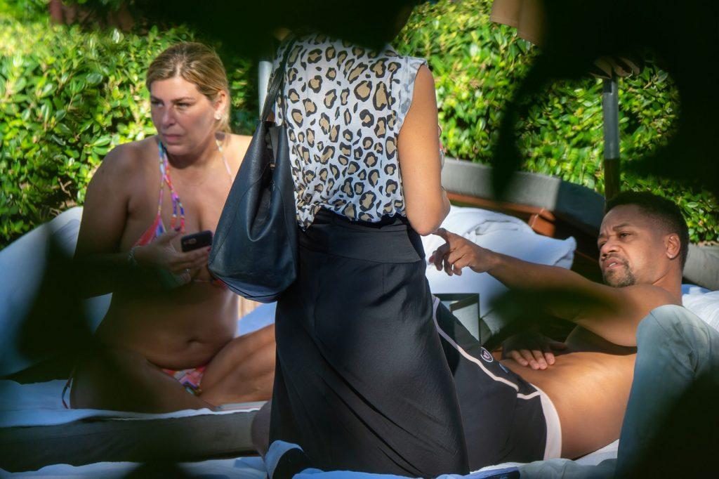 Claudine De Niro Sexy (22 Photos)