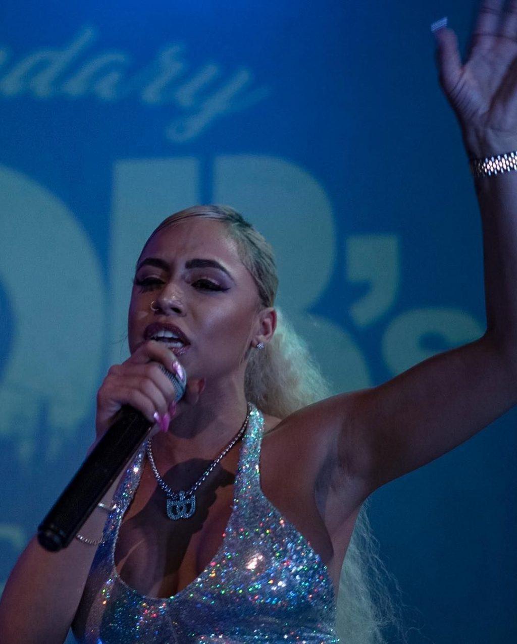 DJ Blue Diamond Nude & Sexy (97 Photos + Video)