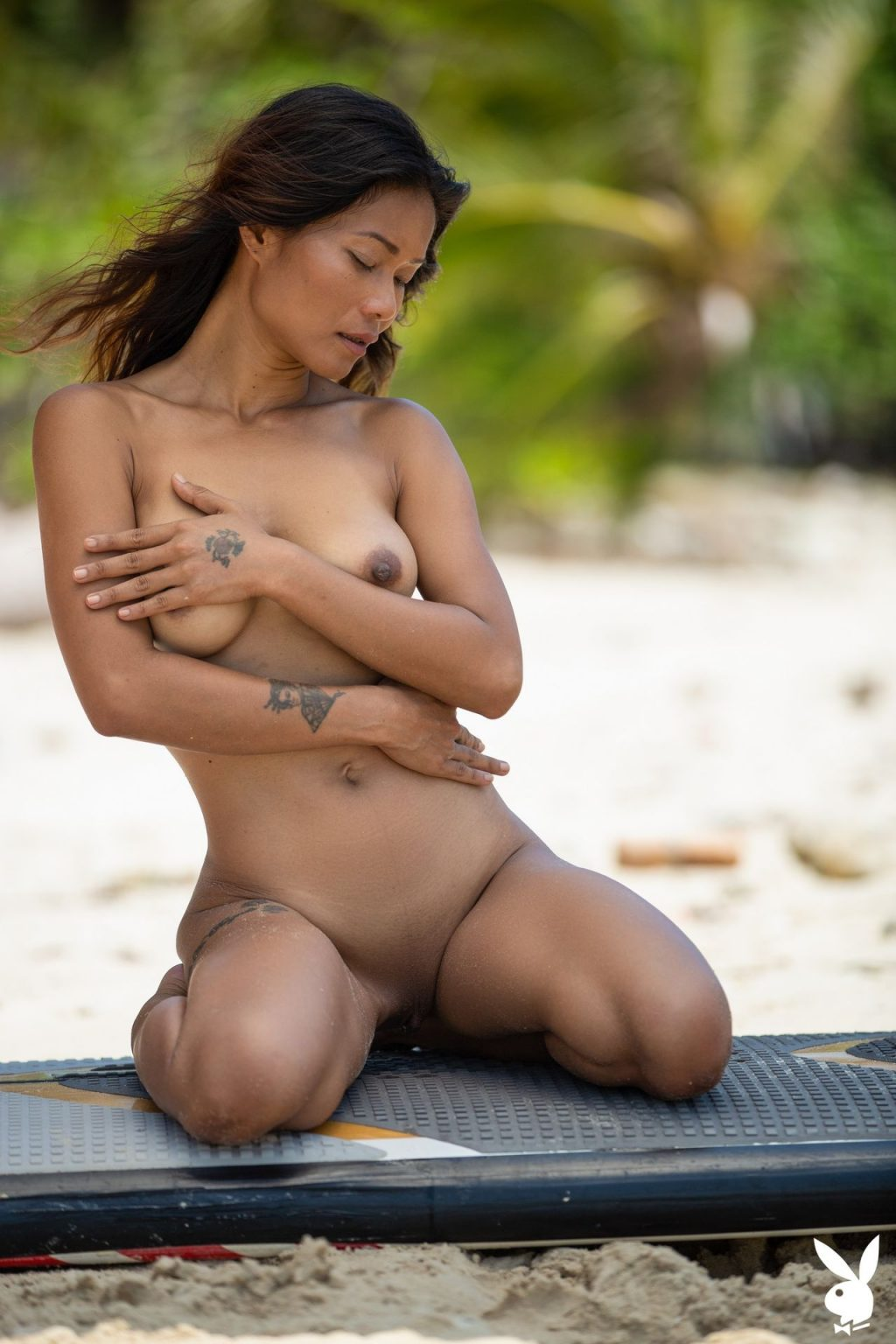 Maki Katana Nude – Catching a Wave (34 Photos + GIFs & Video)