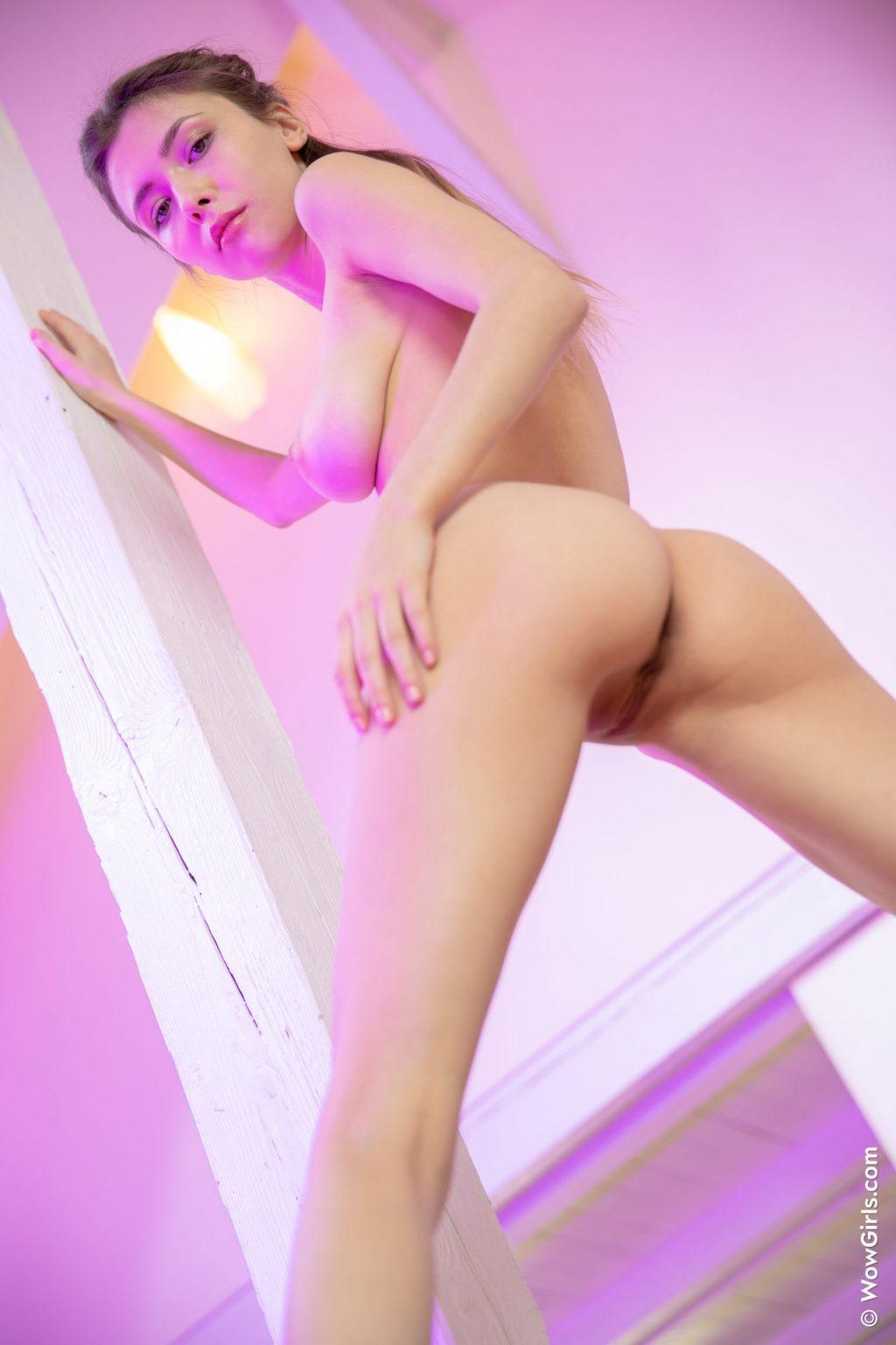 Mila Azul Nude – Playful Morning (94 Photos)