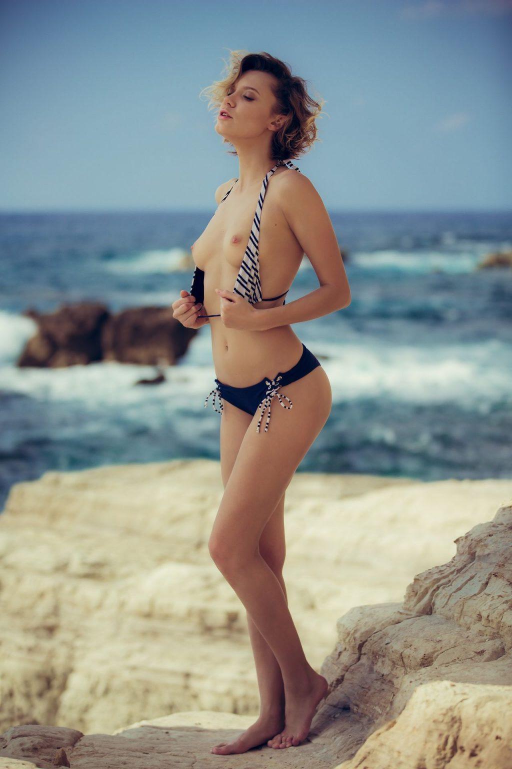 Oksana Chucha Nude – Seacoast Smiles (40 Photos + GIFs & Video)