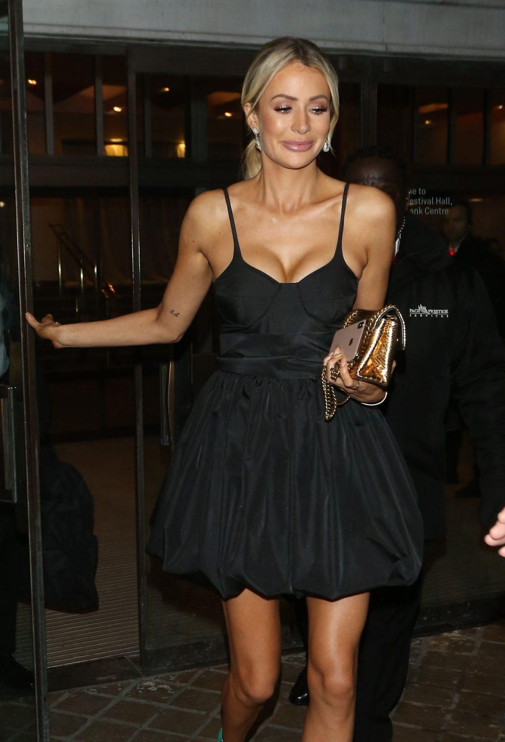 Olivia Attwood Sexy (38 Photos)