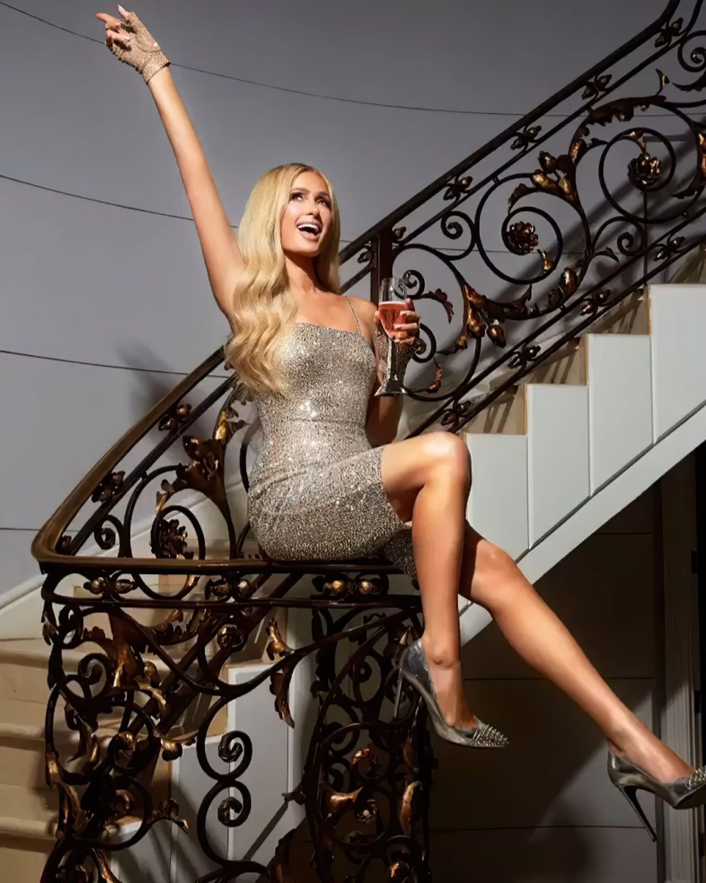 Paris Hilton Sexy (7 Photos)