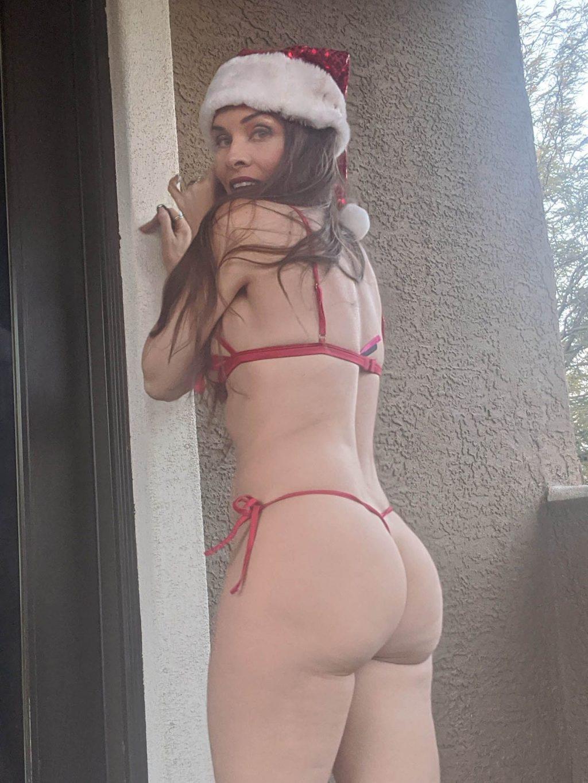 Alicia Arden Hot (10 Photos)