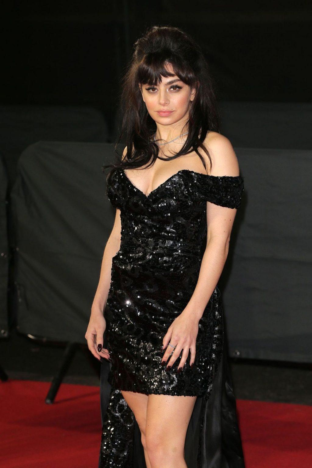 Charli XCX Sexy (36 Photos)