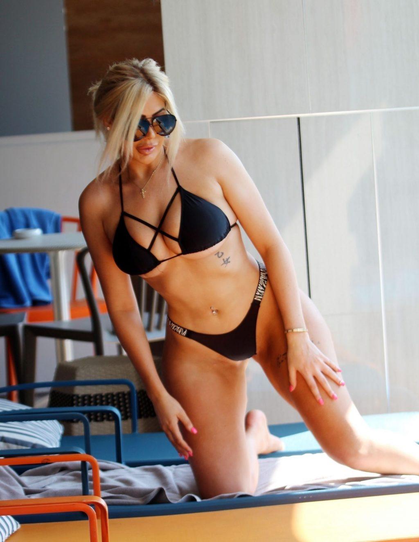 Chloe Ferry Sexy (34 New Photos)