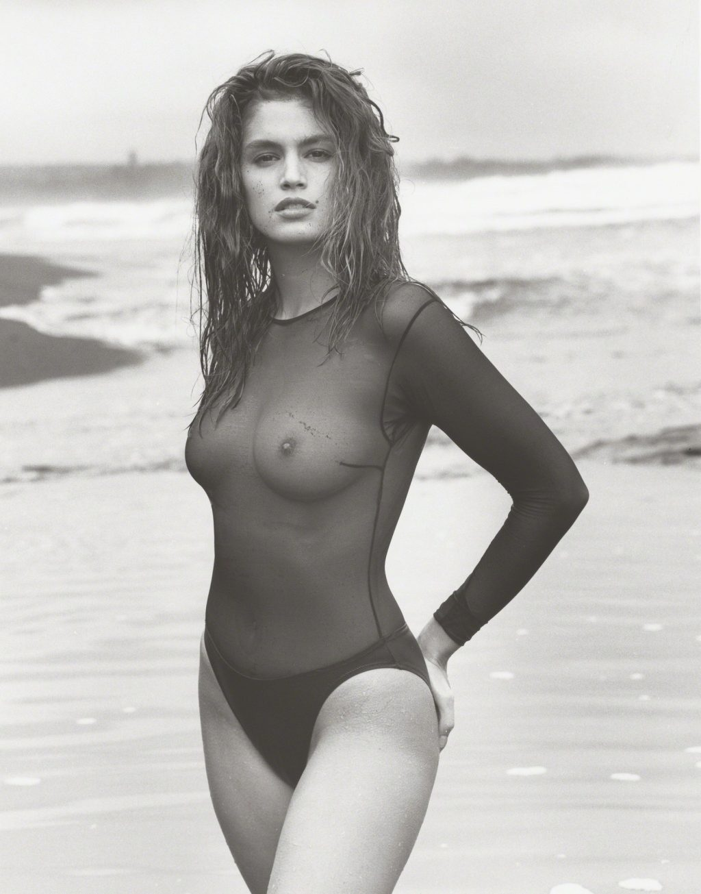 Cindy Crawford See Through (1 Photo)