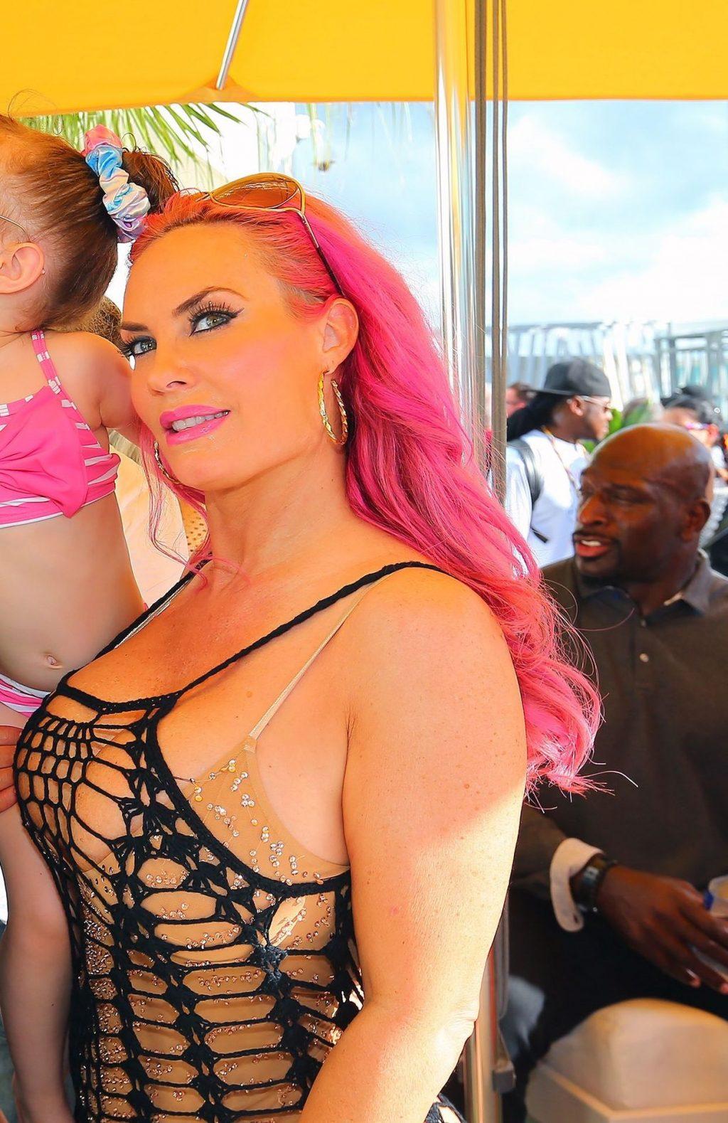 Coco Sexy (27 Photos)
