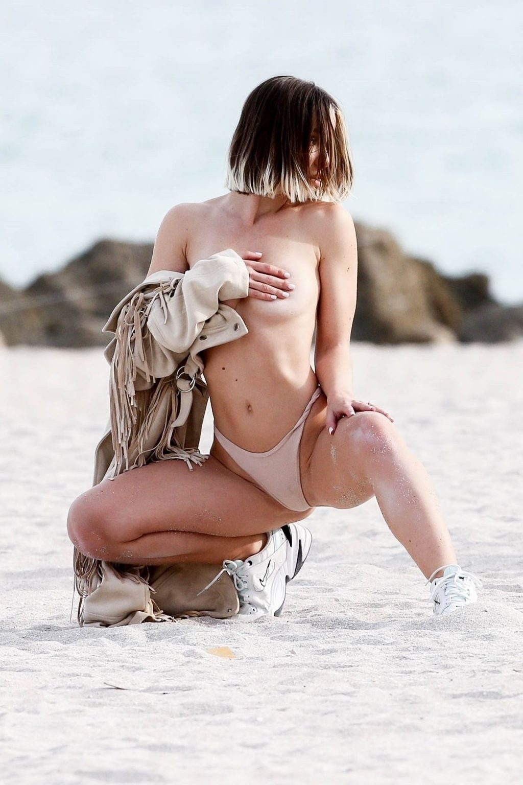 Jane Soul Topless (45 Photos)