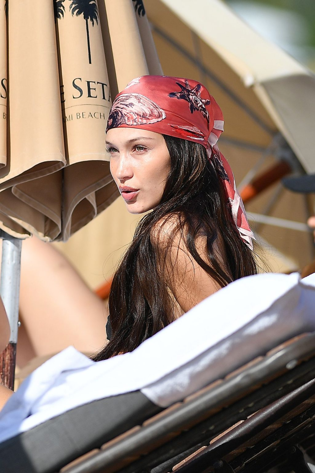 Kendall Jenner, Bella Hadid Sexy (73 Photos)