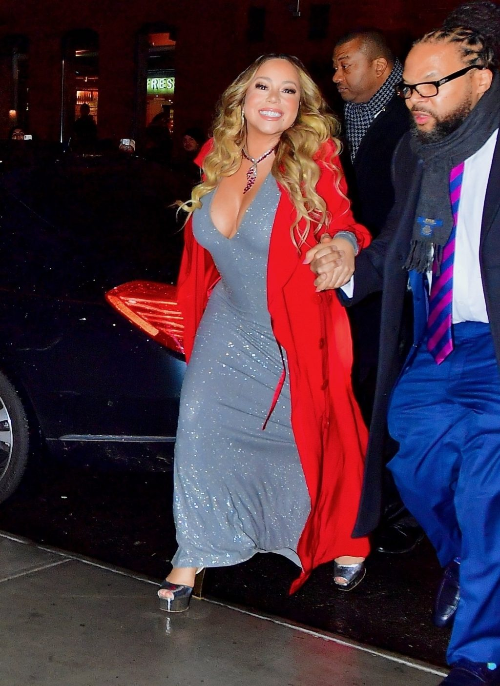 Mariah Carey Sexy (32 Photos)