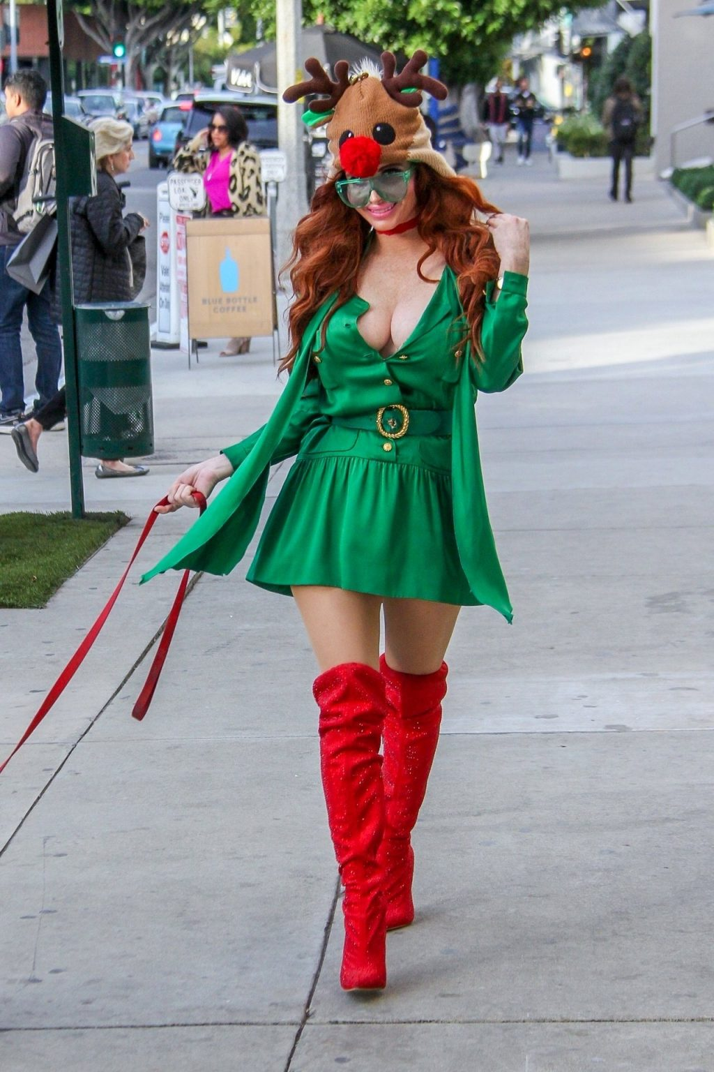 Phoebe Price Sexy (43 Photos + Video)