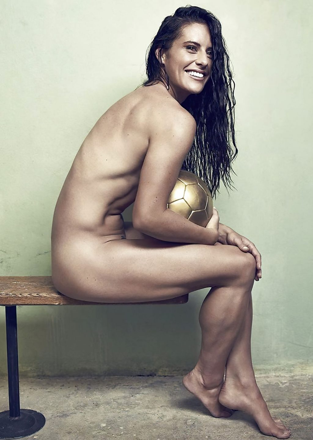 Ali Krieger's Nude Shaved Pussy (24 Photos + Video)