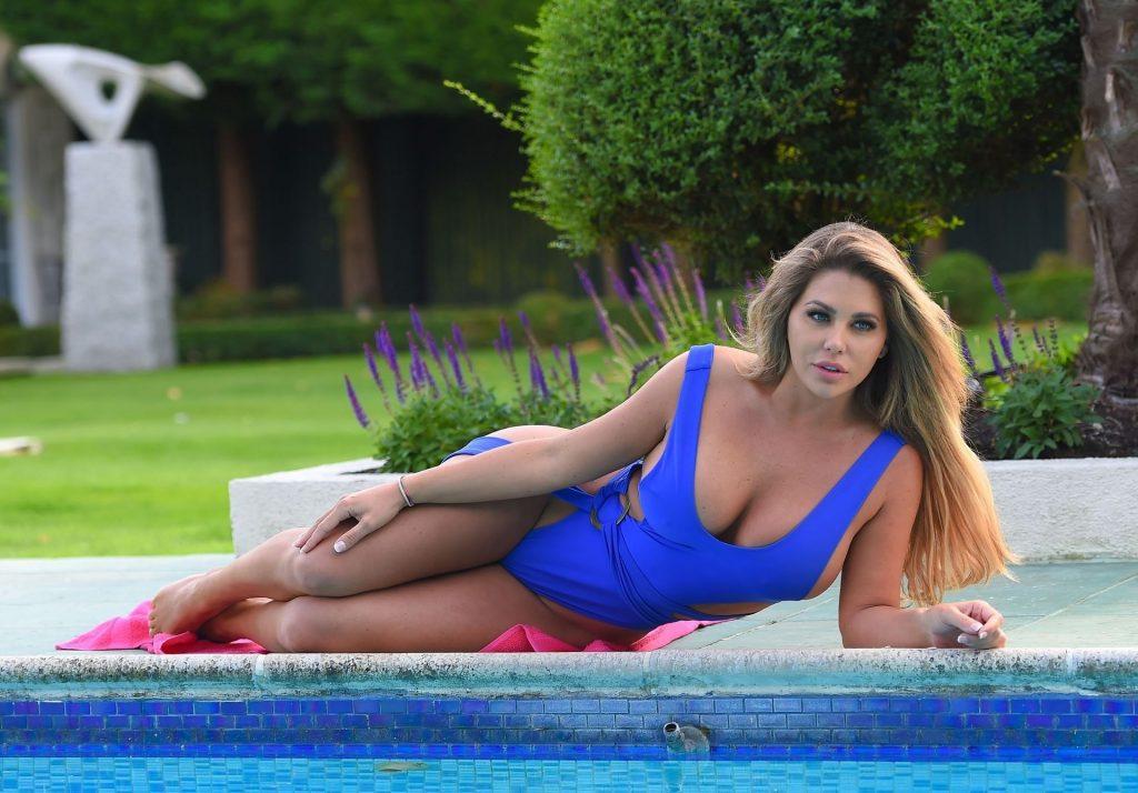 Bianca Gascoigne Hot (17 Photos)