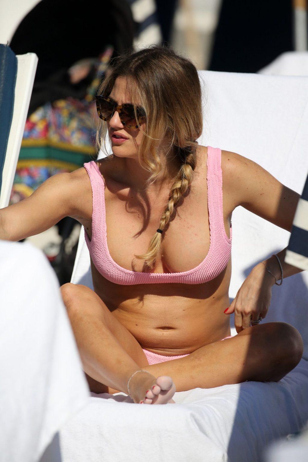 Cristina Marino Shows Off Her New Curves in a Bikini (76 Photos)
