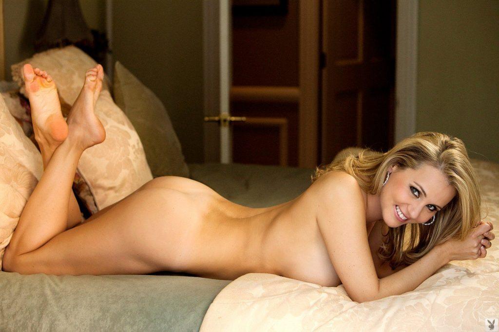 Emesha Gabor Nude & Sexy (41 Photos)