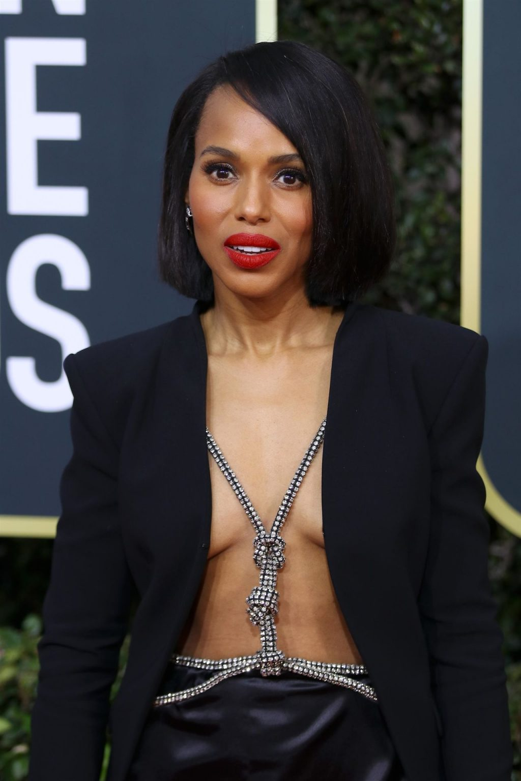 Kerry Washington Braless (38 Photos + Video)