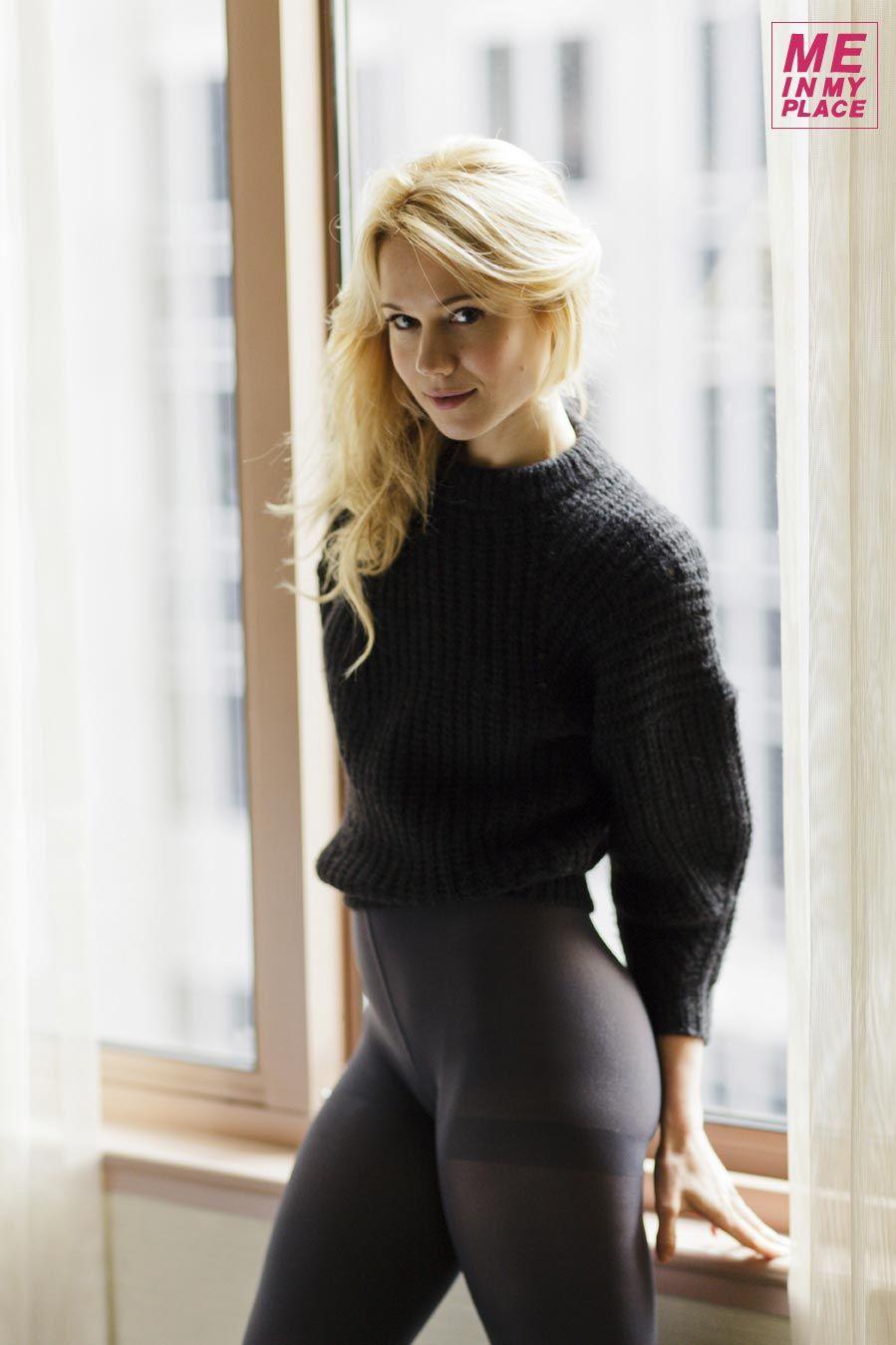 Kristen Hager Nude & Sexy (63 Photos)
