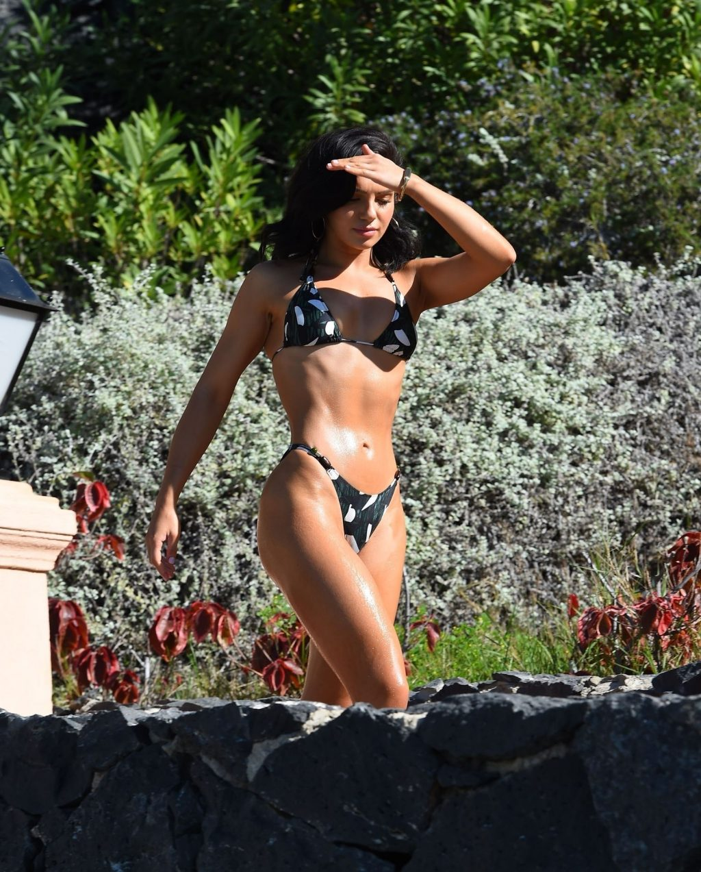 Alexandra Cane Flaunts Her Sexy Physique On Holiday in Los Angeles (16 Photos)