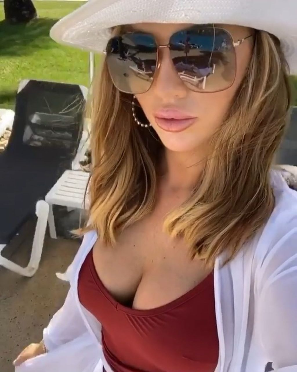 Amy Childs Shows Her Tits in a Swimsuit in Punta Cuna, Domincan Republic (13 Photos)