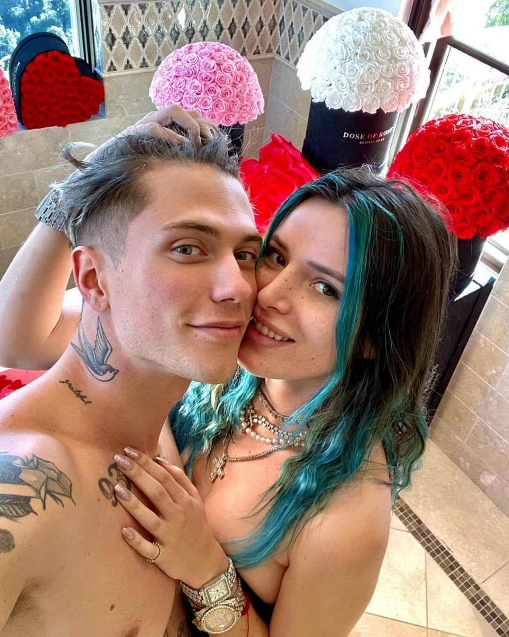 Bella Thorne Gets Excited for Valentine's Day (6 Photos + Video)