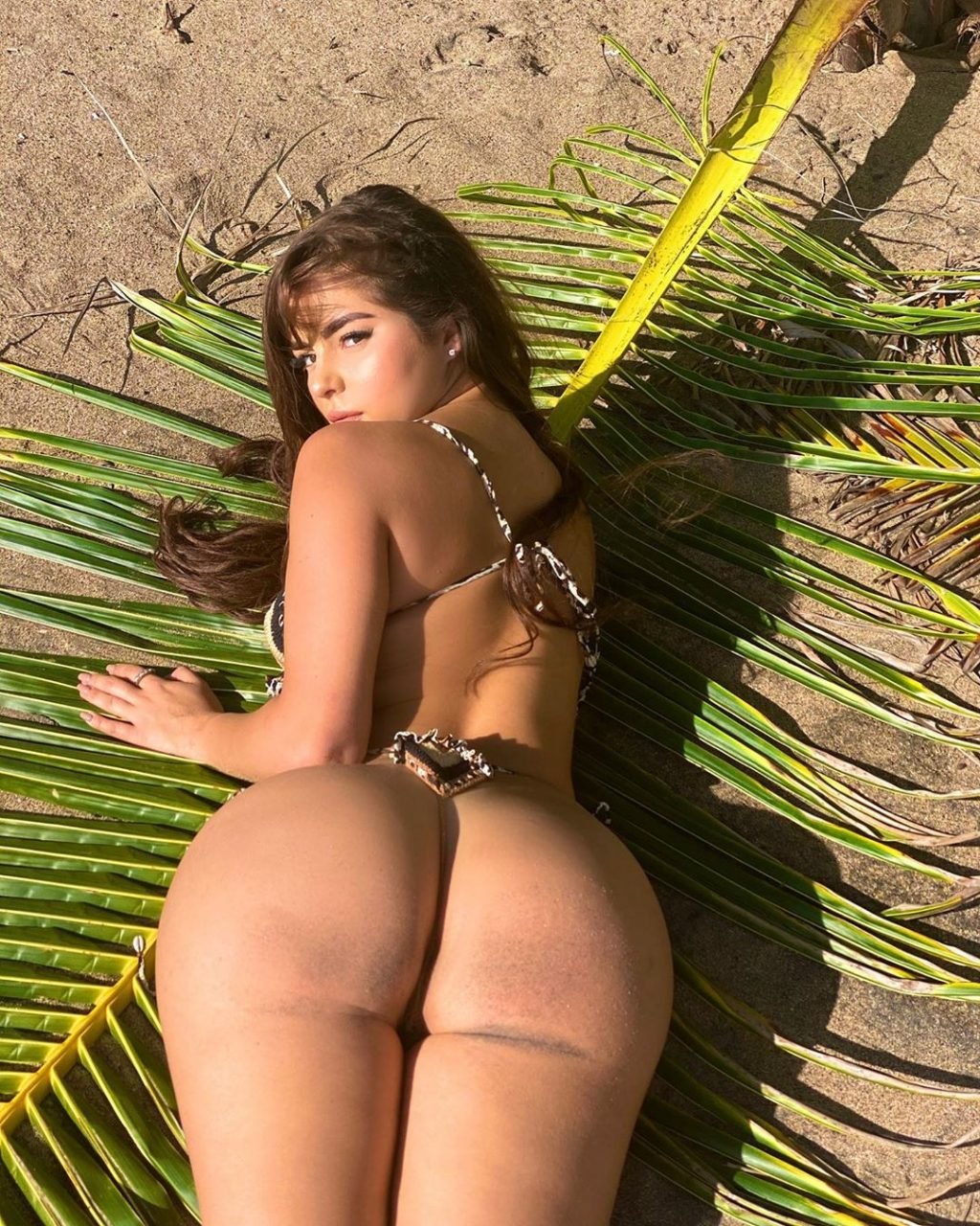 Demi Rose Sexy & Topless (2 Photos)