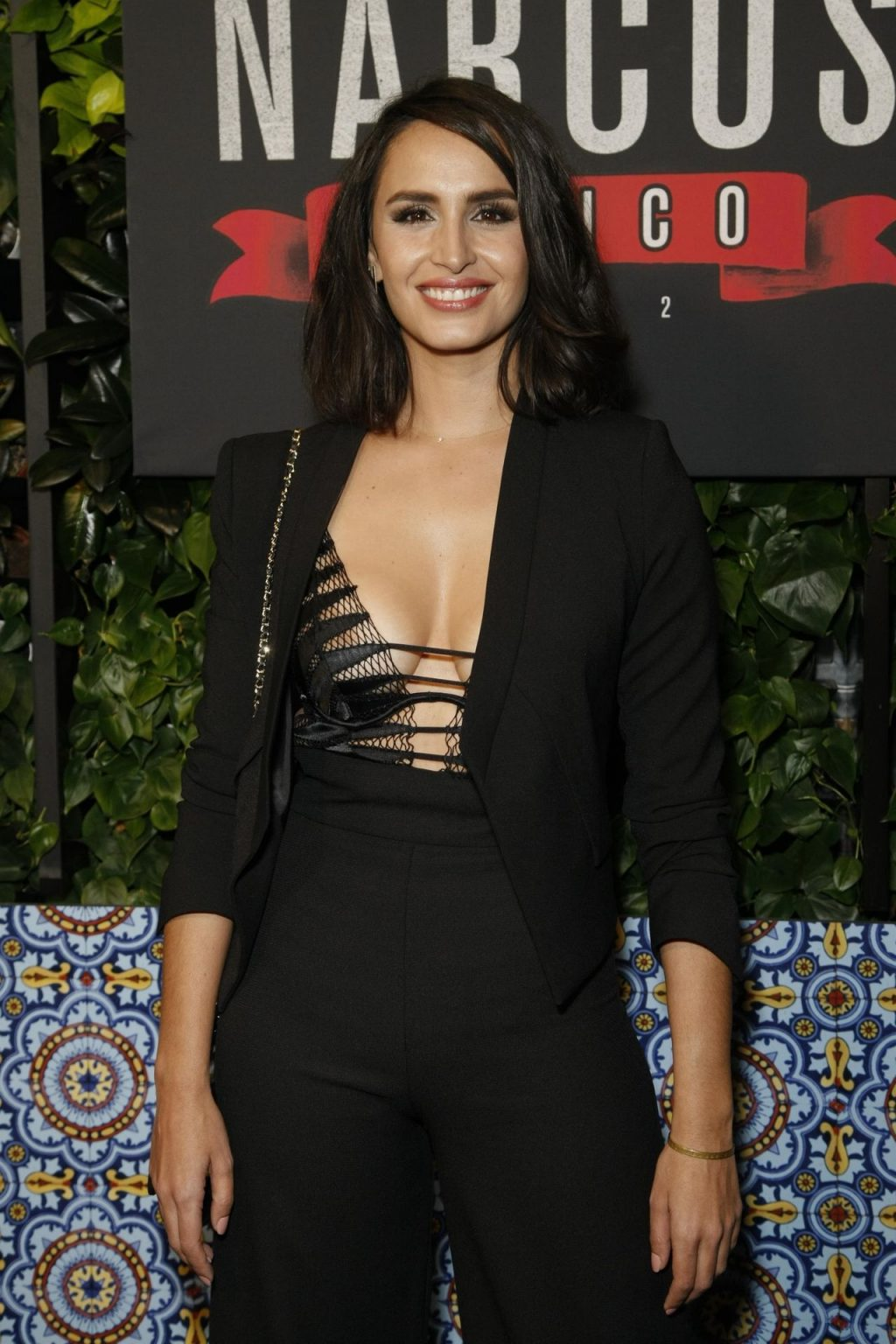 "Fernanda Urrejola Shows Off Her Tits at the Netflix's ""Narcos: Mexico"" Season 2 Special Screening (10 Photos)"