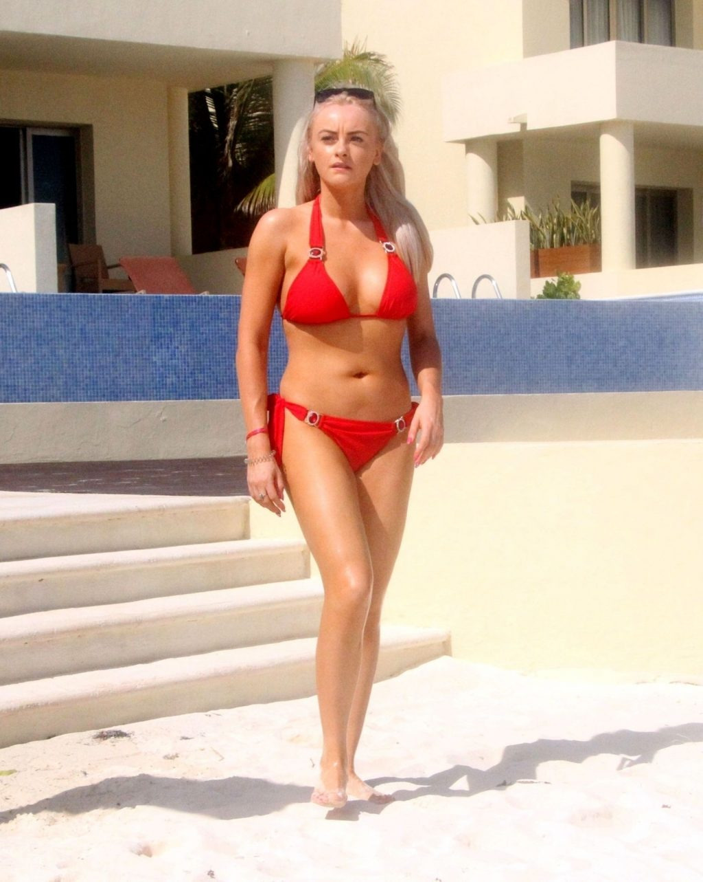 Former Coronation Street Star Katie McGlynn Shows Off Her Sexy Figure in Mexico (30 Photos)