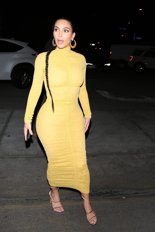 Kim Kardashian Departs After a Family Dinner at Carousel (39 Photos)