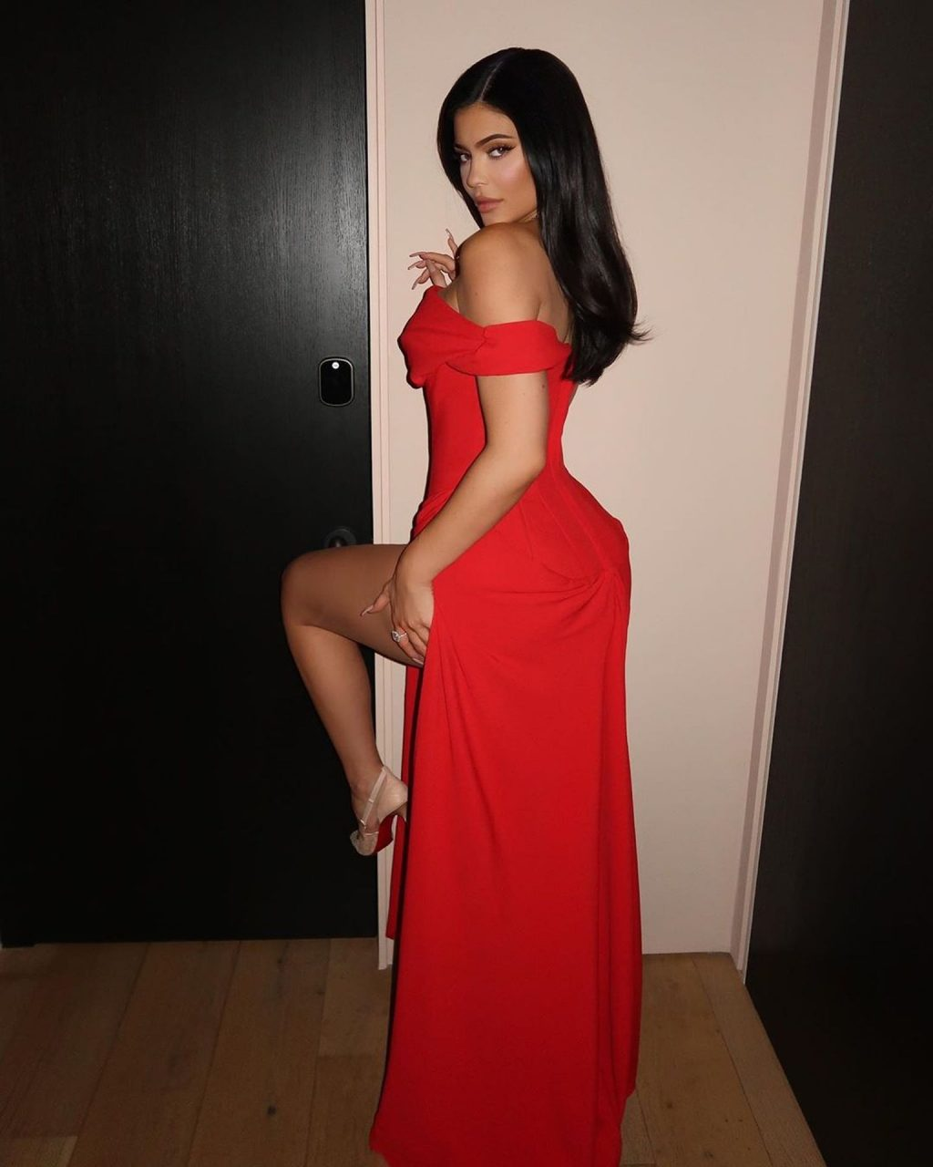 Kylie Jenner Looks Stunning In A Full Length Red Dress (14 Photos)