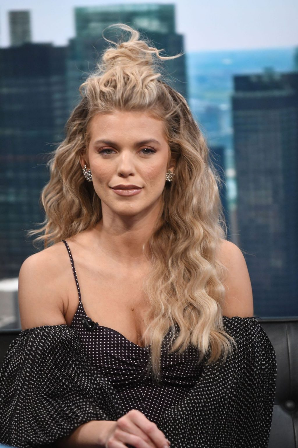 AnnaLynne McCord Looks Pretty on Good Day New York (37 Photos + Video)