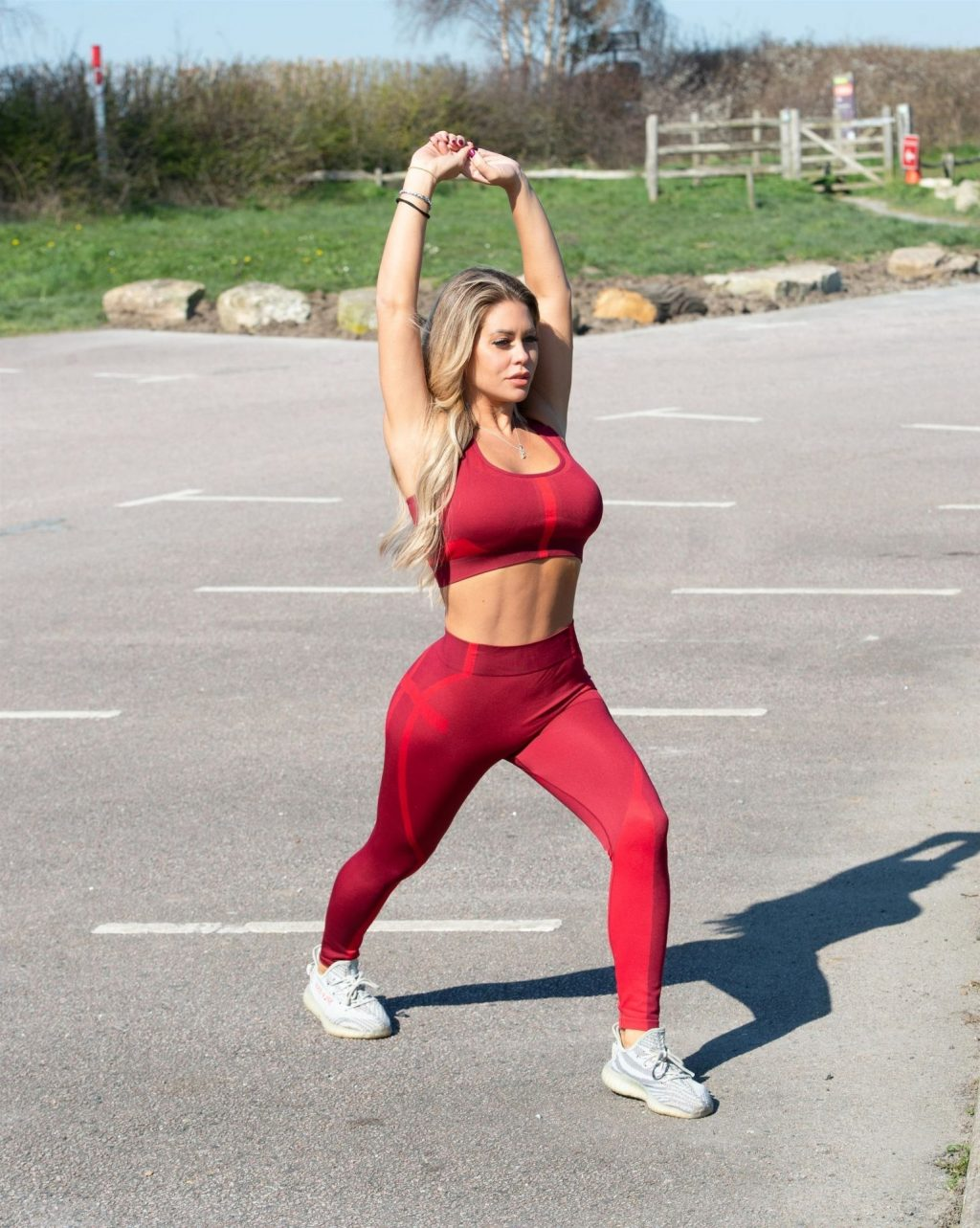 Bianca Gascoigne is Seen Having an Exercising Session in Kent (10 Photos)