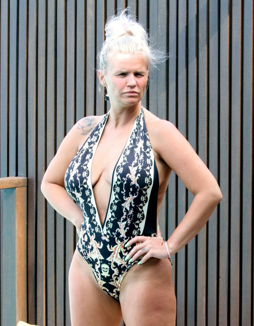 Kerry Katona Shows Her MILF Body on Holidays in the Maldives (43 Photos)