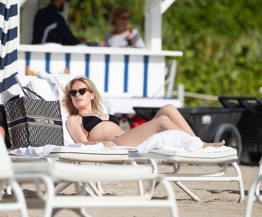 Tanya Burr Shows Off Her Bikini Body on the Beach in Miami (12 Photos)