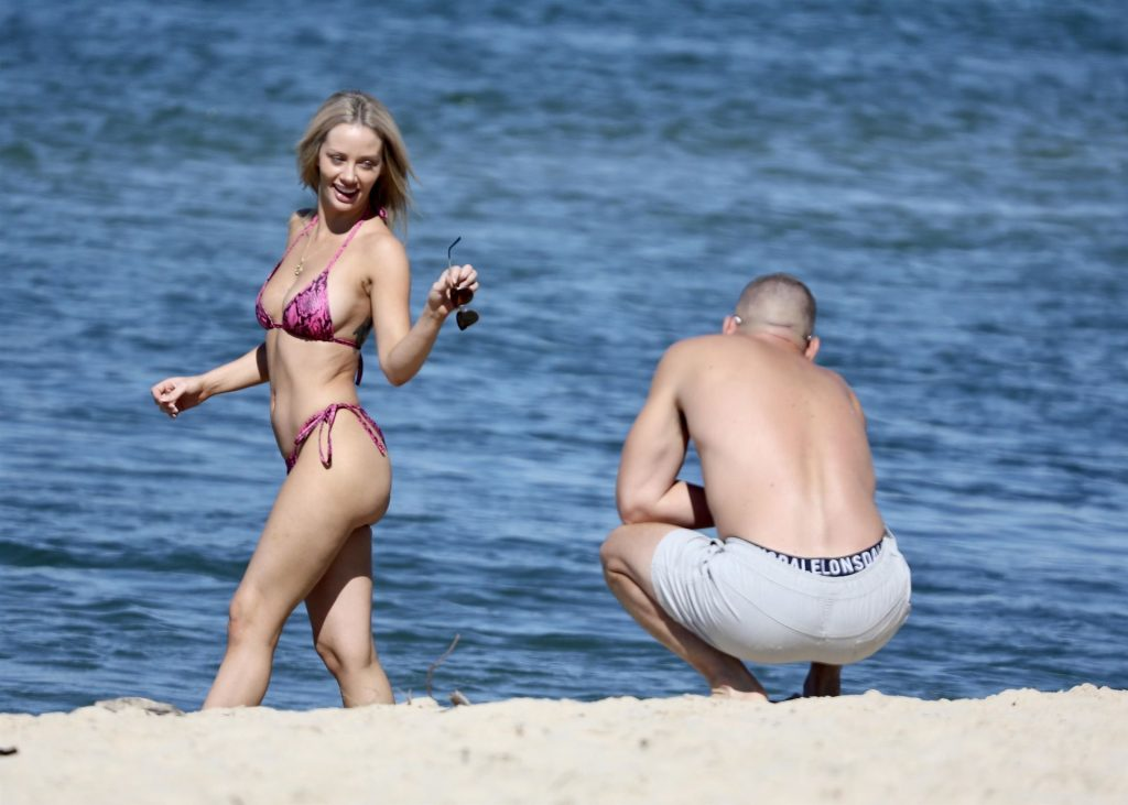 Jessika Power Shows Off Her Bikini Body (38 Photos)
