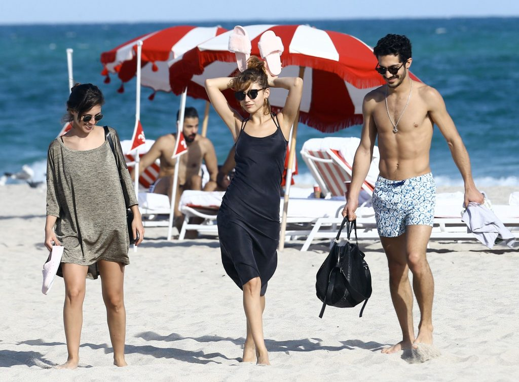 Ursula Corbero & Chino Darin Catch Some Rays on the Beach in Miami (30 Photos)