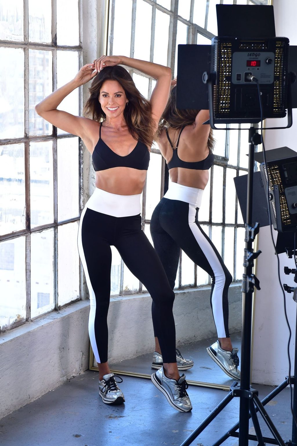 Brooke Burke Creates a New Course for Her Body App (46 Photos)