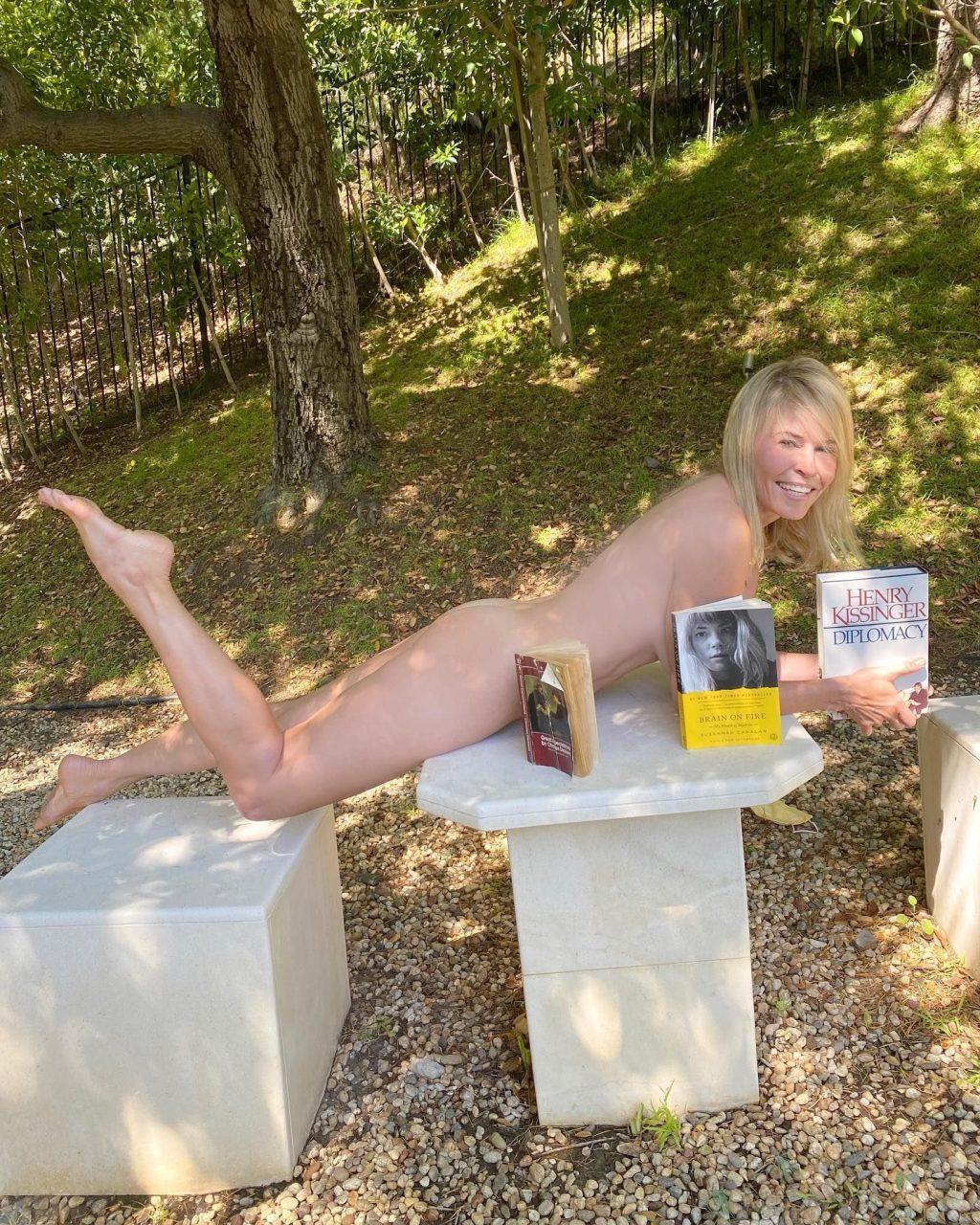 Chelsea Handler Nude (2 Hot Photos)