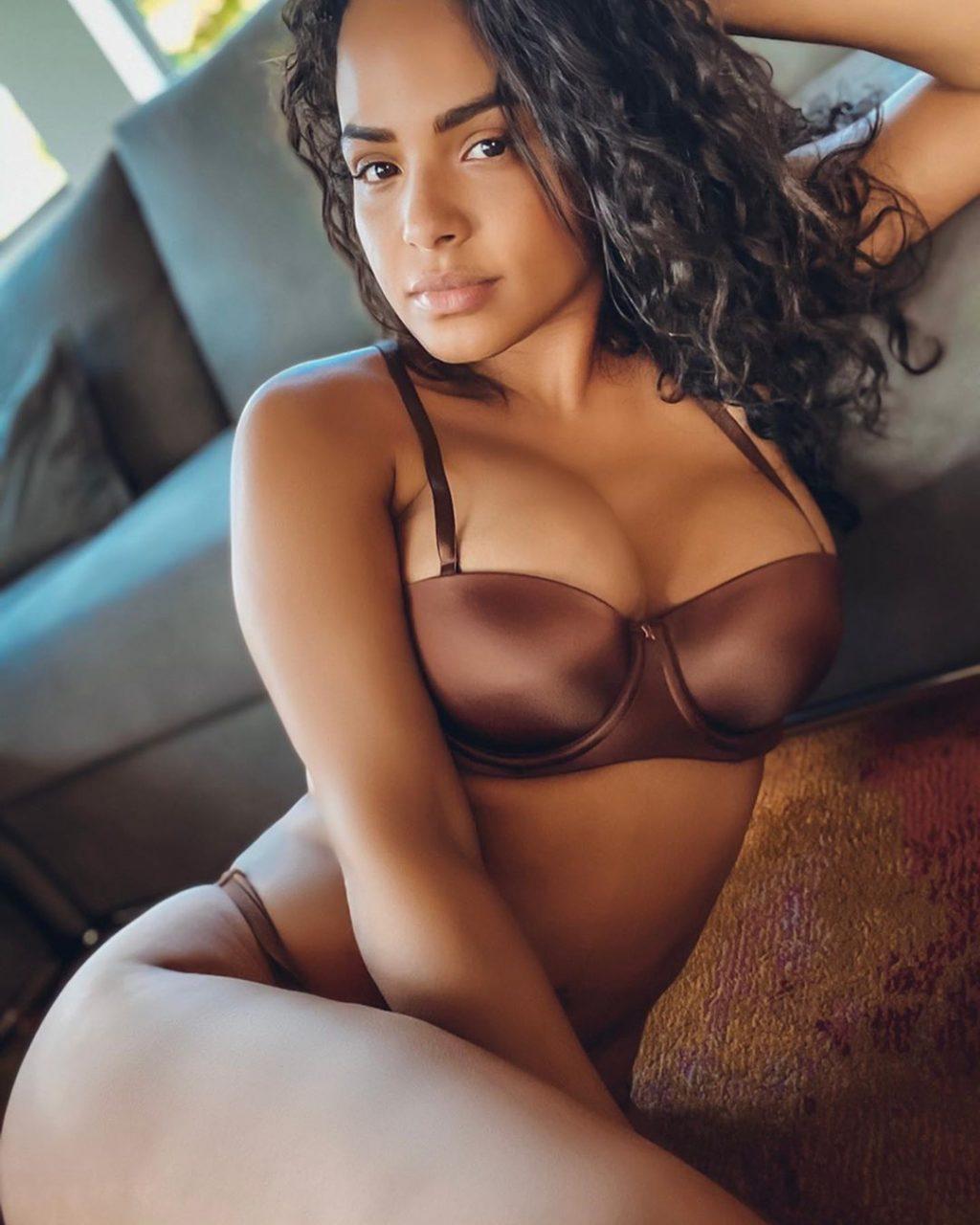 Christina Milian Sexy (5 Photos + Video)