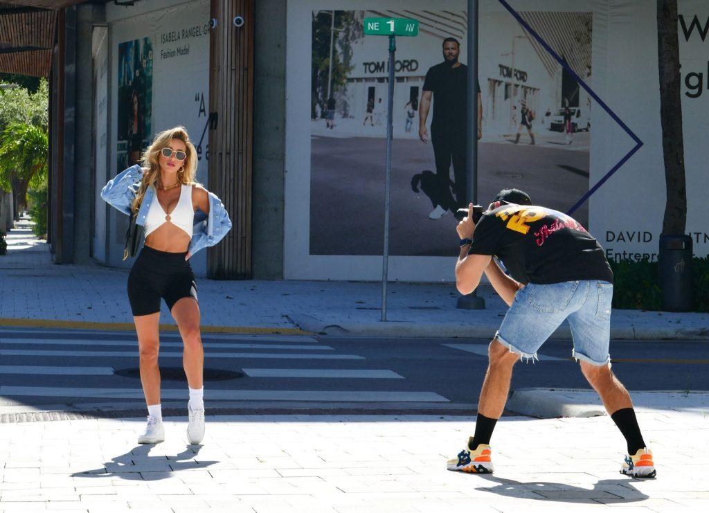 Cindy Prado Does a Photoshoot on Hot Day in Miami (24 Photos)